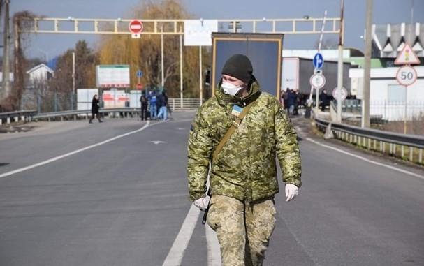 У Держприкордонслужбі пояснили, кому дозволено в'їжджати до Польщі