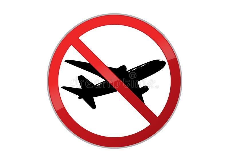 Польща заборонила авіарейси з України