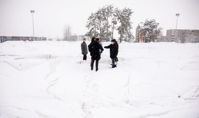 У Вільнюсі під вагою снігу обвалився купол нового спортманежу. ФОТО